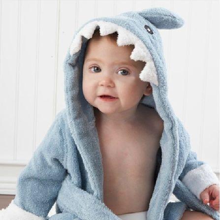 albornoz infantil tiburon